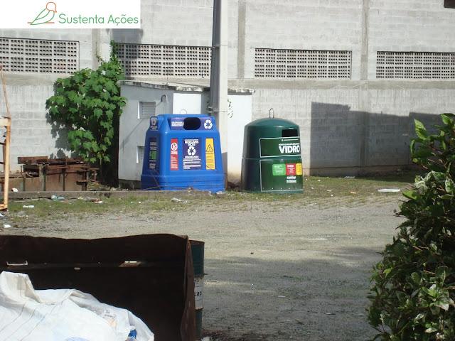 Ecopontos de vidro e outros materiais recicláveis