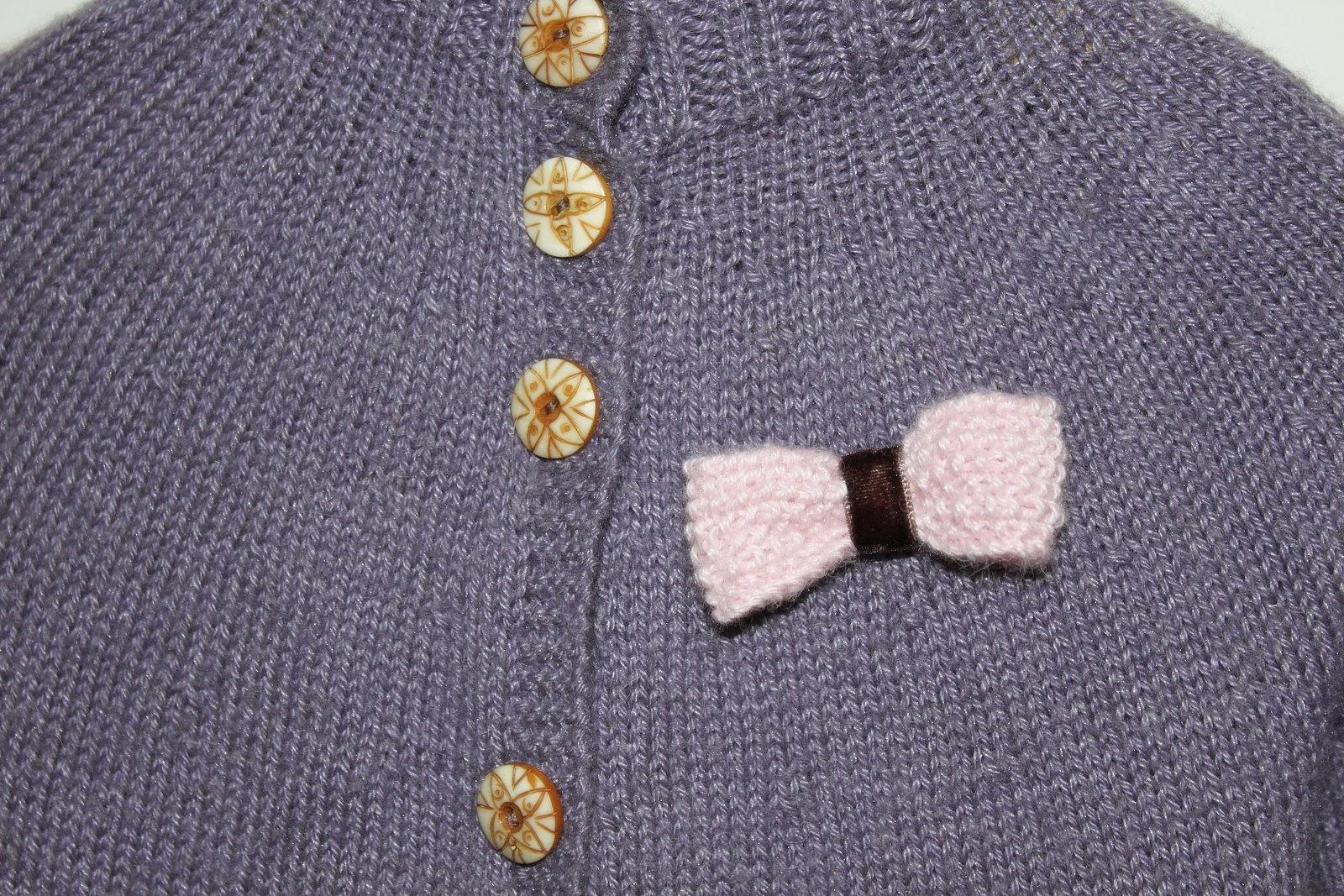 076d0ea80f6 Kaunistuseks lipsuke, mis samuti BabyAlpaca Silk roosast lõngast.