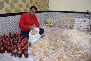 युवा समाजसेवी अज़मत अली ने बांटा रमज़ान किट | #NayaSabera