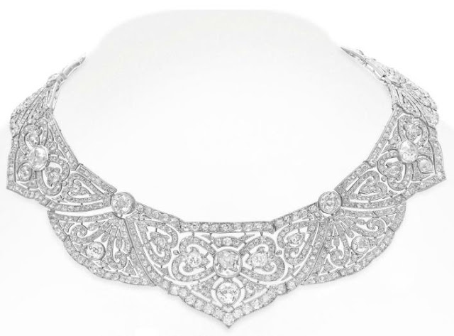 Belle Epoque diamond necklace. Via Diamonds in the Library.