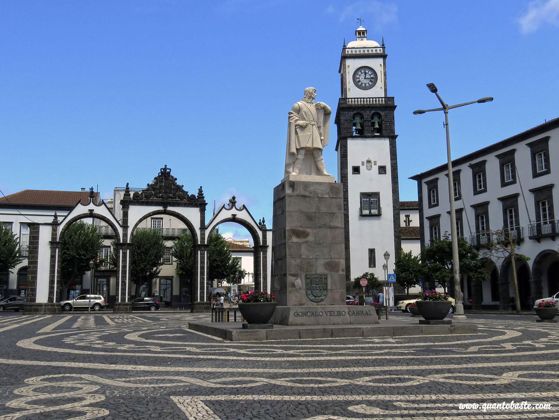 Ponta Delgada - São Miguel - Açores - Praça Gonçalo Velho Cabral