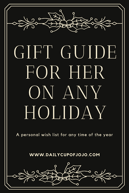 holiday girl gift guide | gift ideas for her | birthday ideas for her | women's Christmas gift guide | yoga gifts | gifts for the kitchen