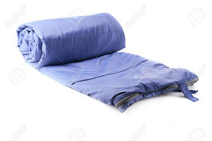 Sleeping Bag Salah Satu Peralatan Mendaki Gunung Untuk Tidur