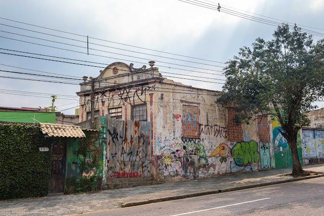 Casa antiga na Rua Trajano Reis