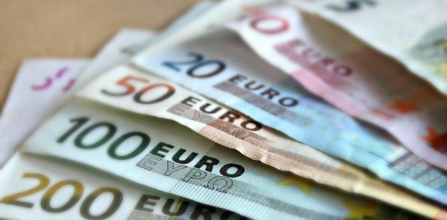 Lãi suất ngắn hạn liên ngân hàng LIBOR niêm yết bằng đồng EUR