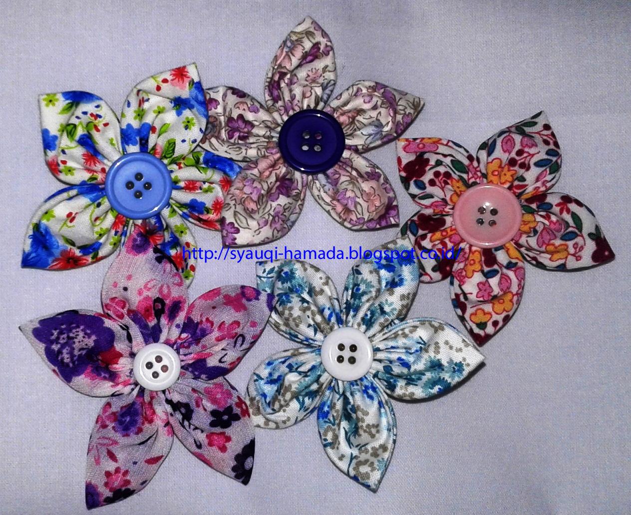 Cara Membuat Kerajinan Tangan Bros Bunga Cantik Dari Kain Perca 5534f96166