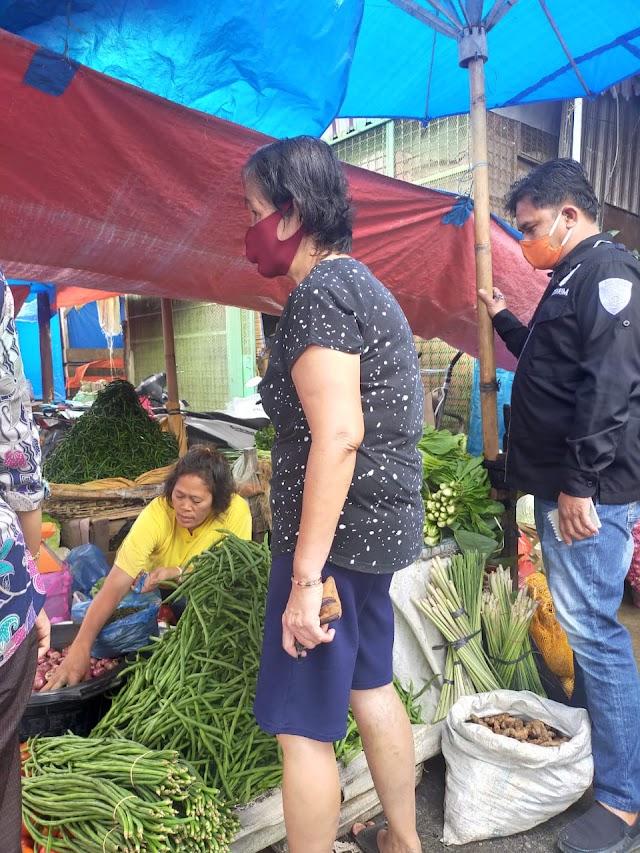 PS. Kanit Ekonomi Sat Reskrim Polres Tanjung Balai Laksanakan Pengecekan HArga Bahan Pokok Di Pasar Bengawan Kota Tanjung Balai
