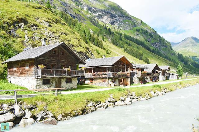 Pueblo de Innergschlöss, Austria