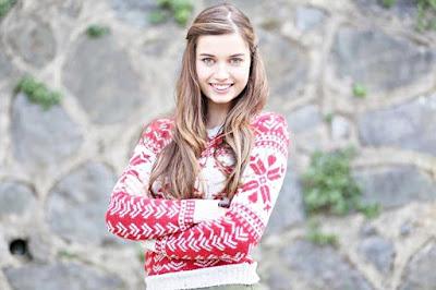 تقرير عن الممثلة التركية أفرا ساراتش أوغلو Afra Saraçoğlu