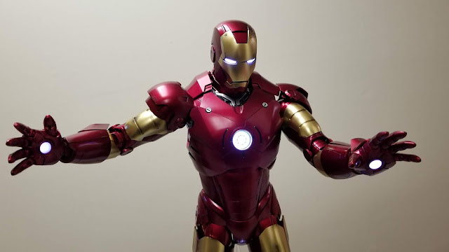 quarter scale iron man figure