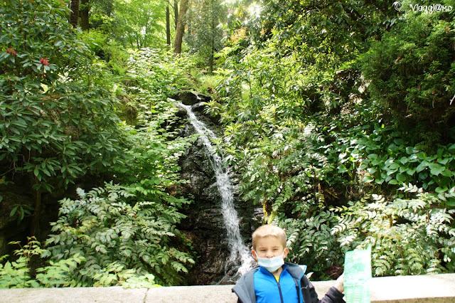 Una delle cascatelle nel Parco Pallavicino sul Lago Maggiore