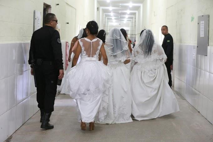 'Quando a gente gosta, não são algumas barreiras que vão impedir', diz interno em casamento coletivo dentro de presídio no Ceará