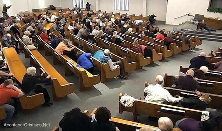 Tiroteo en pleno culto en iglesia de Texas