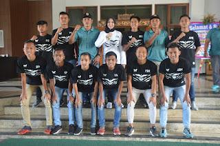 Bupati Berangkatkan 22 Pemain Persid dan 15 Official Laga di Banyuwangi