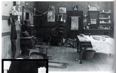 """Кухня из отвергнутого пролога к к/ф """"На плечо!"""" (1918)"""