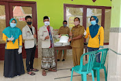 Pemuda Muhammadiyah Pragaan Serahkan Bantuan 10 Paket APD Kepada Posko Covid-19
