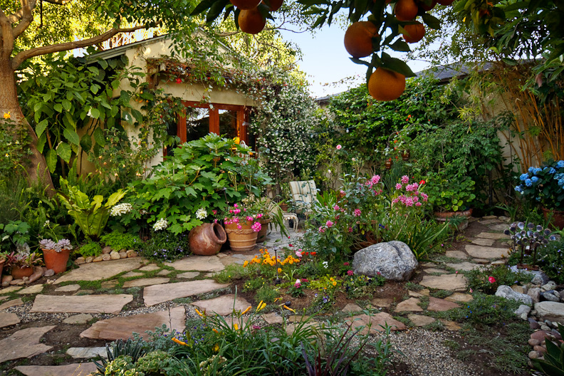 2018 Mar Vista Green Garden Showcase: 2564 Armacost Avenue ...