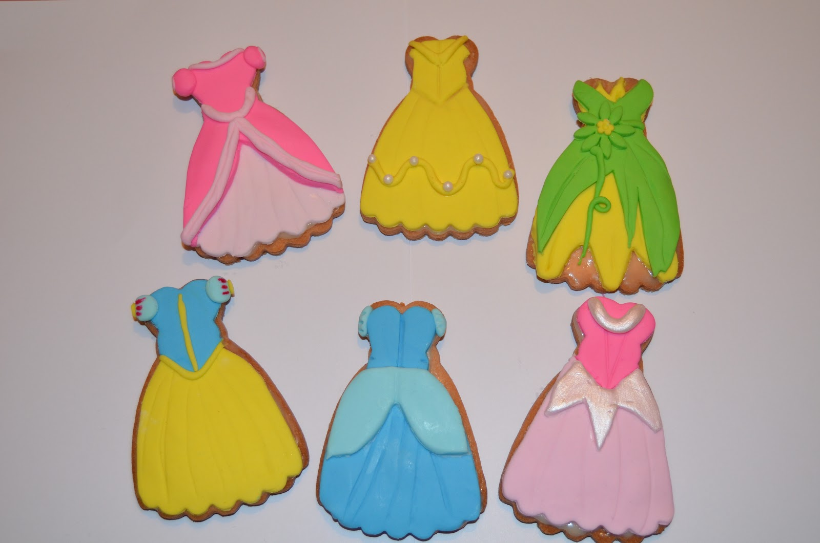 Galletas Decoradas De Princesas Elena Galletas Vestidos De Princesas