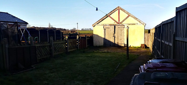 A frosty morning scene, my back garden
