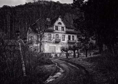 Indian haunted places horror stories in hindi