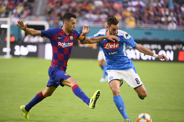 إقامة مباراة برشلونة ونابولي في دوري الأبطال دون جمهور