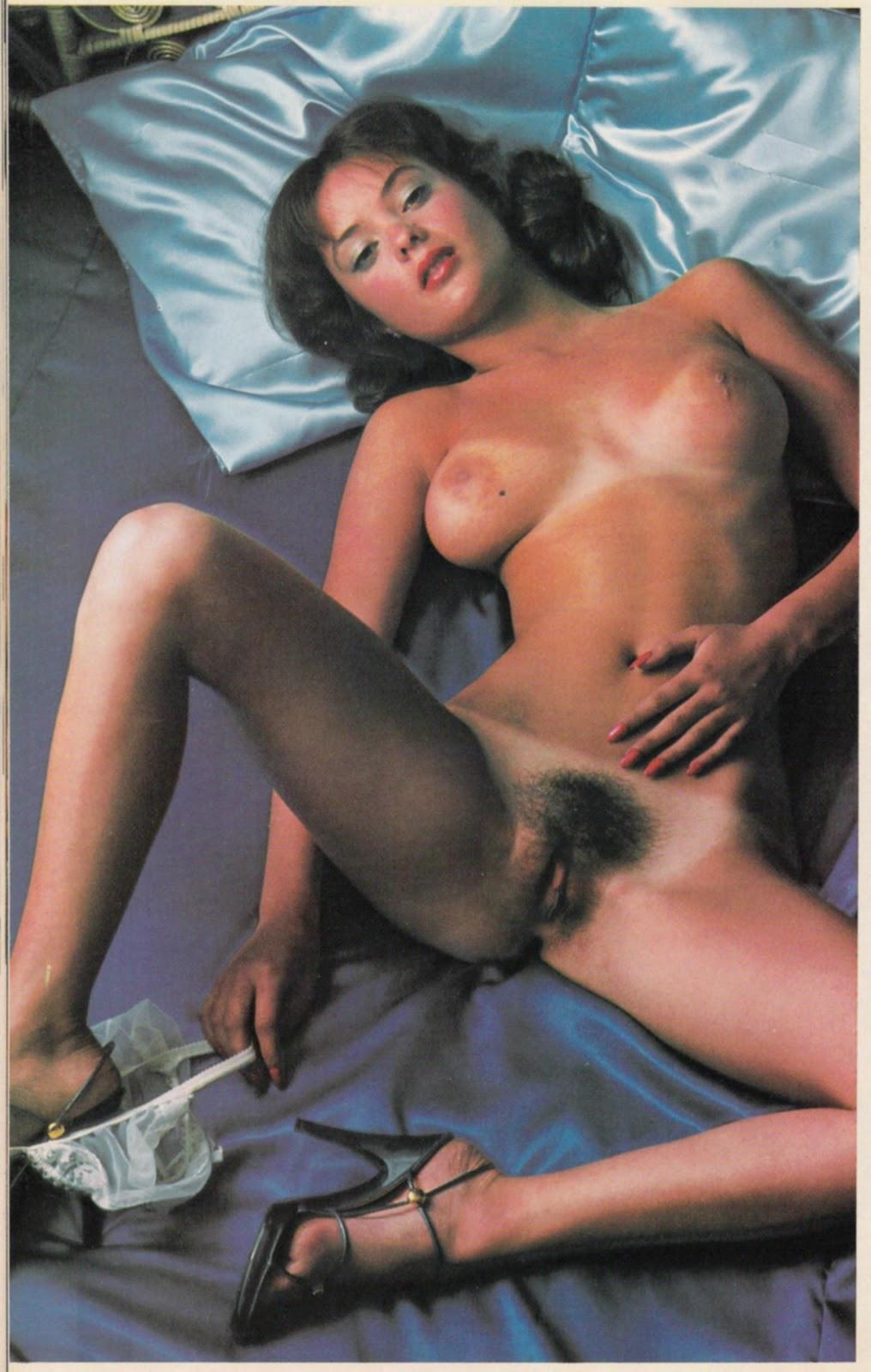 Classic Pornstar: Desiree Cousteau
