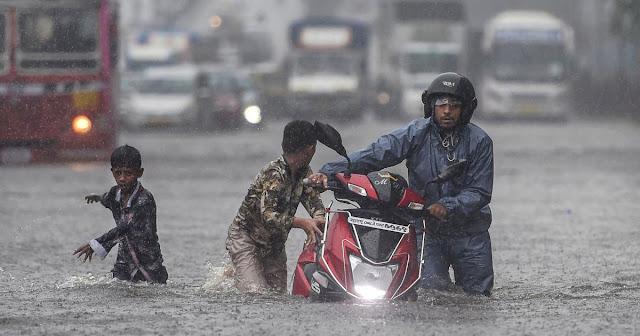 केरल में भारी बारिश के बाद चार बांधों के शटर खोले - newsonfloor.com