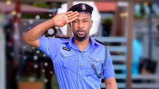 Video: Rapper Ruggedman attacked in London by four men