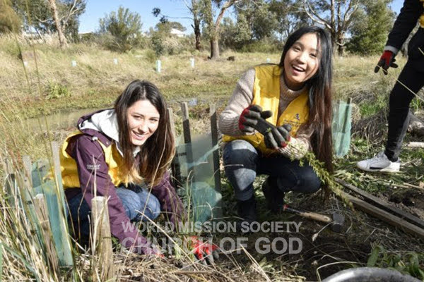 Church of God in Melbourne holds Tree Planting Campaign with Hume City Council