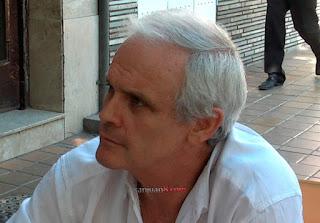 """Ya va a haber tiempo para hablar"""", dijo Santiago Graffigna luego de haber salido libre en la mañana del martes. Salió de la cárcel tras haberse cumplido el plazo estipulado por la Justicia sobre su prisión preventiva en el marco de la investigación por la megacausa Expropiaciones."""