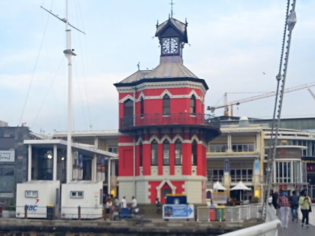 The V&A Waterfront clocktower