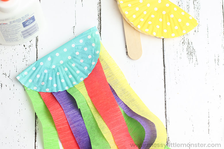 jellyfish craft for toddlers and preschoolers.