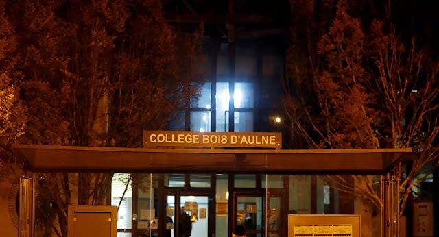 Terrorism : Four People Detained as Part of Investigation Into Teacher's Killing Near Paris