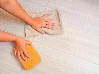 Cara Mengatasi Keramik Kamar Mandi Bocor & Perawatannya