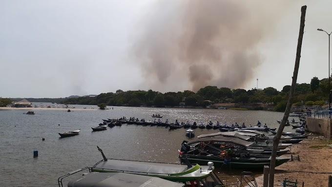 Incêndio destrói floresta em Alter do Chão