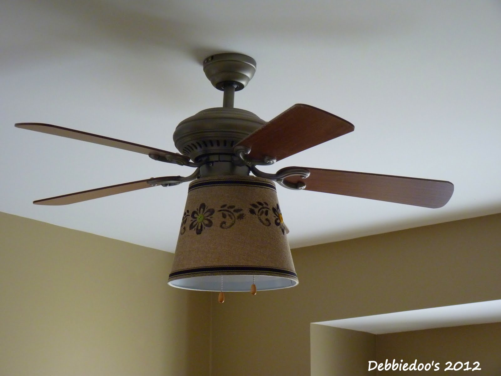 Debbiedoo's: Drum shade for ceiling fan