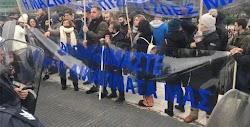 Επεισόδια σημειώθηκαν νωρίς το απόγευμα της Κυριακής στο Σύνταγμα, κατά τη διάρκεια συγκέντρωσης διαμαρτυρίας που πραγματοποίοησαν αρνητές ...