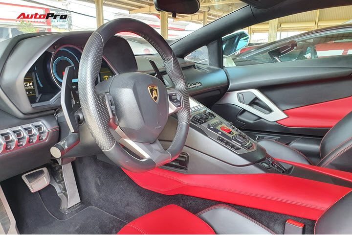 Thêm Lamborghini Aventador mới về Việt Nam: Chạy hơn 170 km/năm, giá chỉ rẻ ngang BMW X7