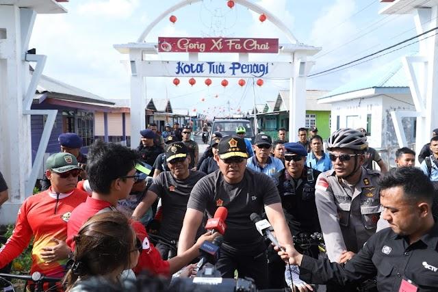 Pangkogabwilhan I Gowes Bersama Ratusan Anggota TNI dan Polri di Natuna