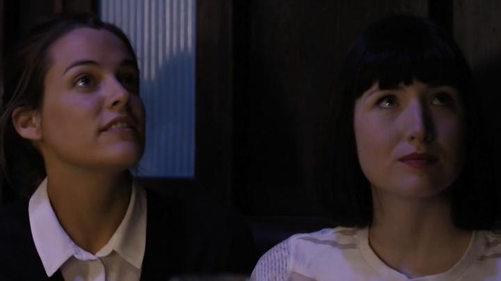 Порно первый оргазм девочки у гинеколога видео