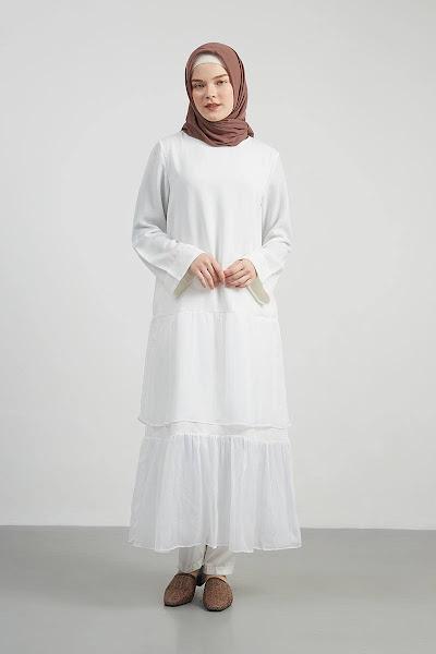 Iruma Dress Gamis Simple Putih Rempel Besar Di Bawah Baju Muslim