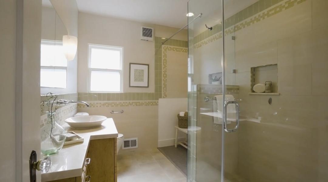 26 Interior Design Photos vs. 21 Diaz Pl, Oakland, CA Luxury Home Tour