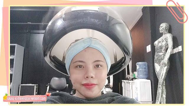 7 cara merawat rambut berwarna untuk pemula