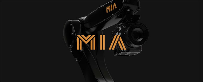 Mia Camera Robot