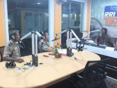 Mikael Sitanggang Gelar Dialog Interaktif di RRI Ternate