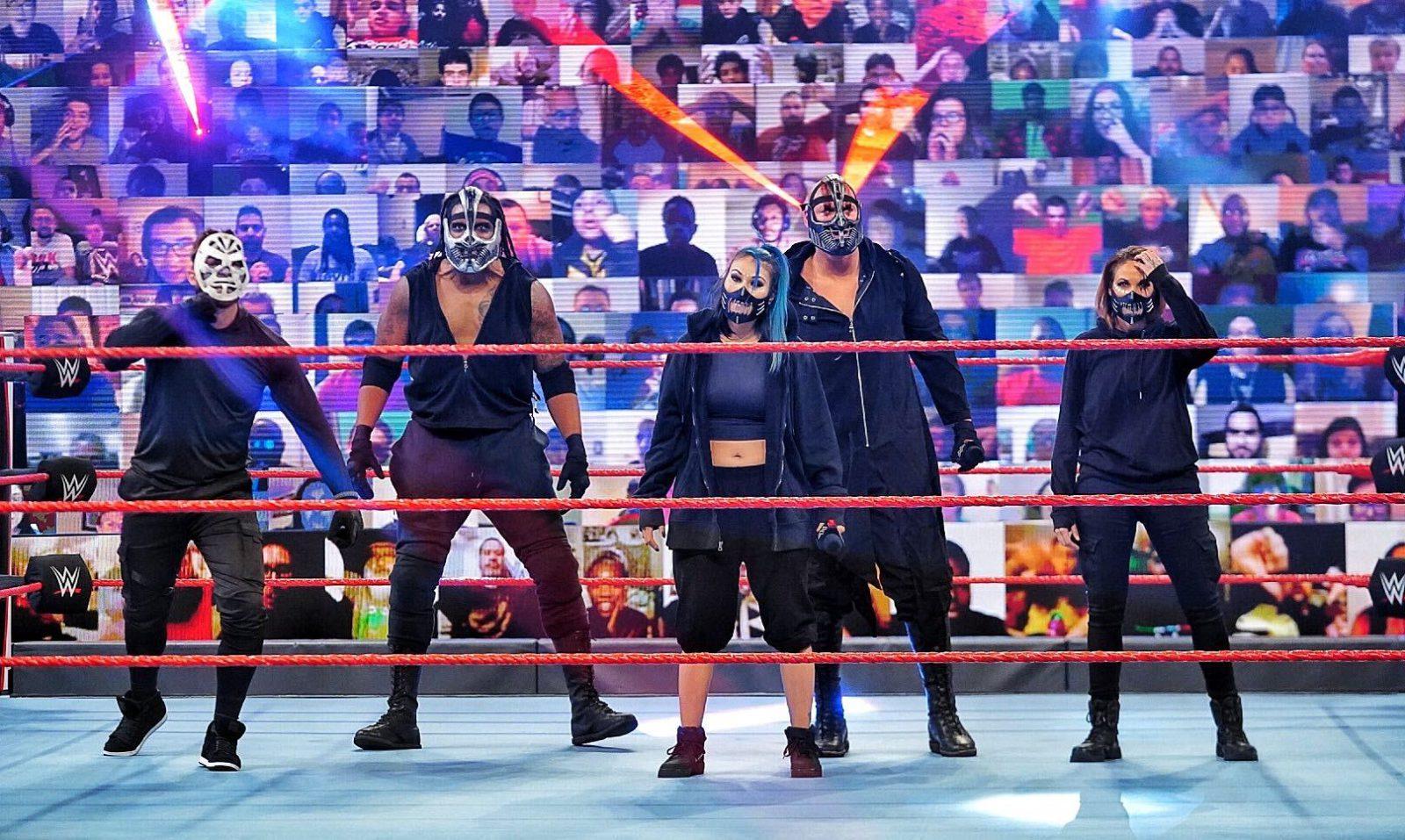 RETRIBUTION vence primeiro combate oficial na WWE