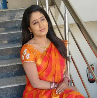 V6 channel news anchor Radhika Reddy allegedly commits suicide in Hyderabad