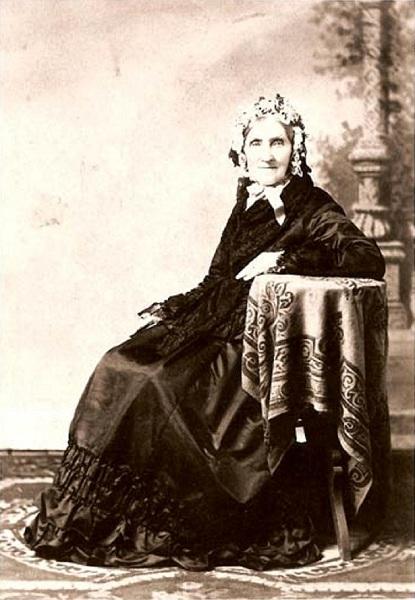 Elizabeth McHutcheson Sinclair.