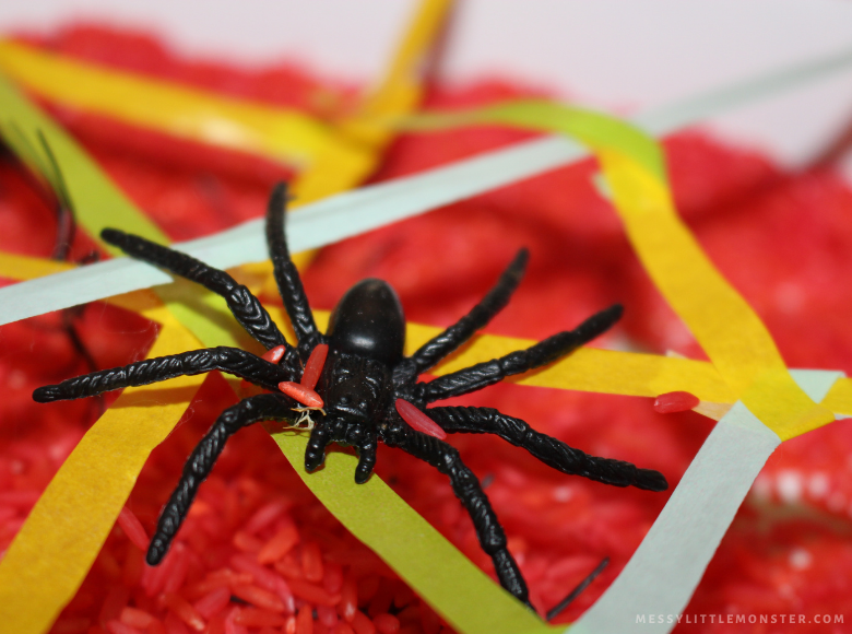 spider sensory bin for toddlers and preschoolers