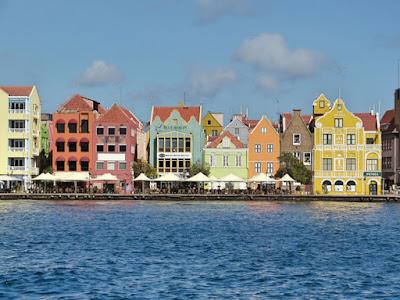 Foto patrick_worldwide por Pixabay - Matéria Willemstad - BLOG LUGARES DE MEMÓRIA
